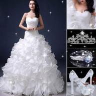 A beautiful Royal Ball Wedding Dress